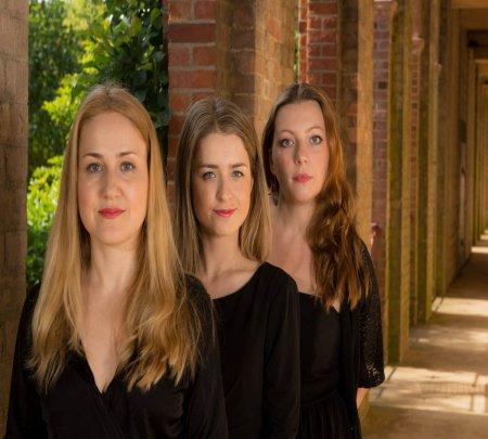 Perunika Trio