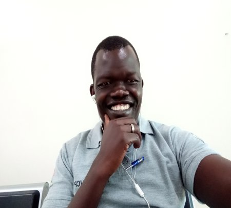 Lawrence Akol