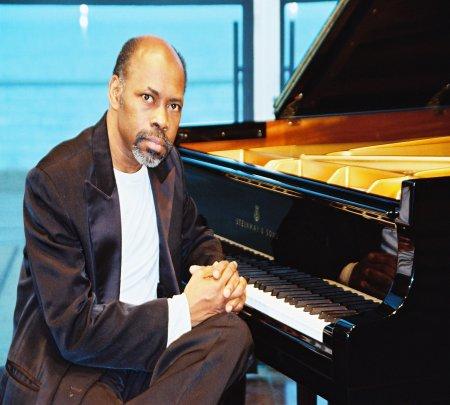 Luis Lugo Cuban Concert  Pianist