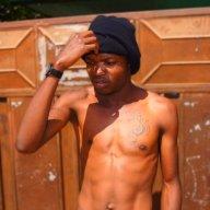 Meet Zimbabwean R&B/Afropop Singer-Songwriter
