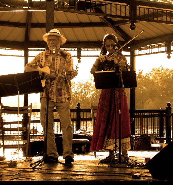 at the Hudson Music Fest in August, 2011 by Rozsa