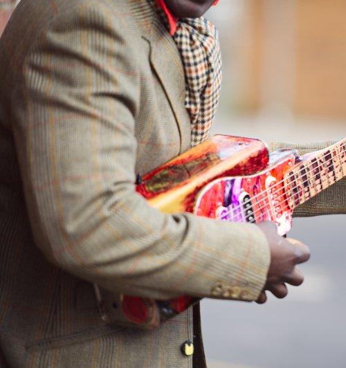 Saidi Kanda Tin Guitar by Saidi Kanda & Mvula Mandondo