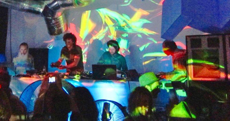 Tjak Live - Loading Club - Flow Event 2012