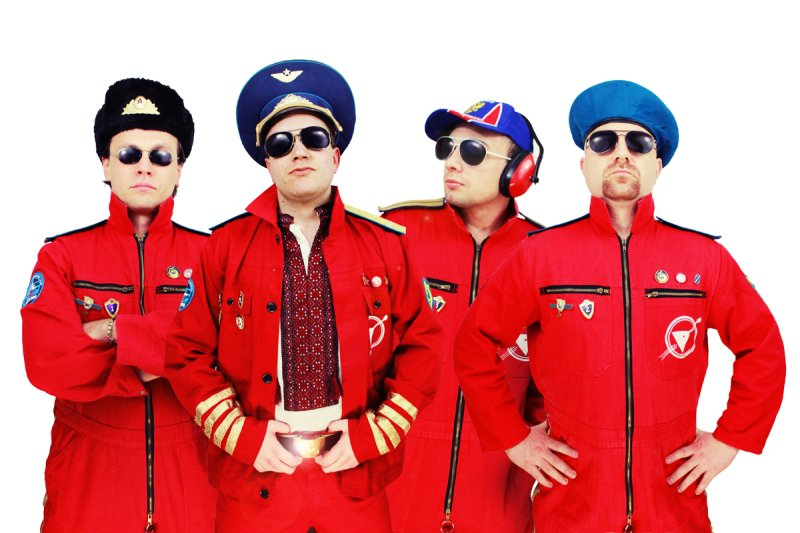 Cosmonautix Crew
