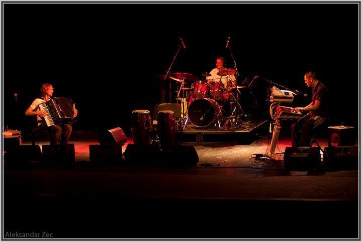 Misko Plavi Trio