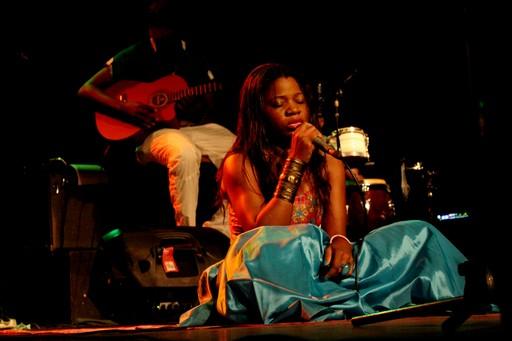concert IfC Yaoundé by Nicole Obélé