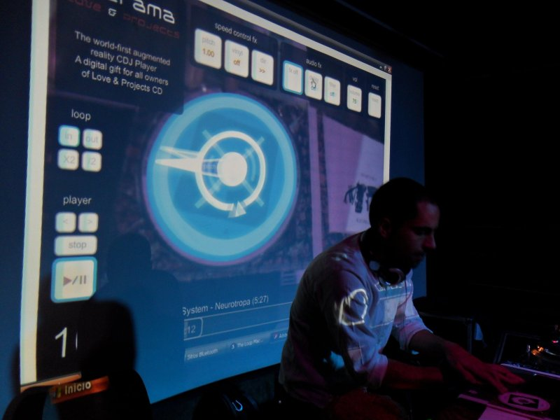Augmented Reality CD Show @ Amsterdam by Latrama