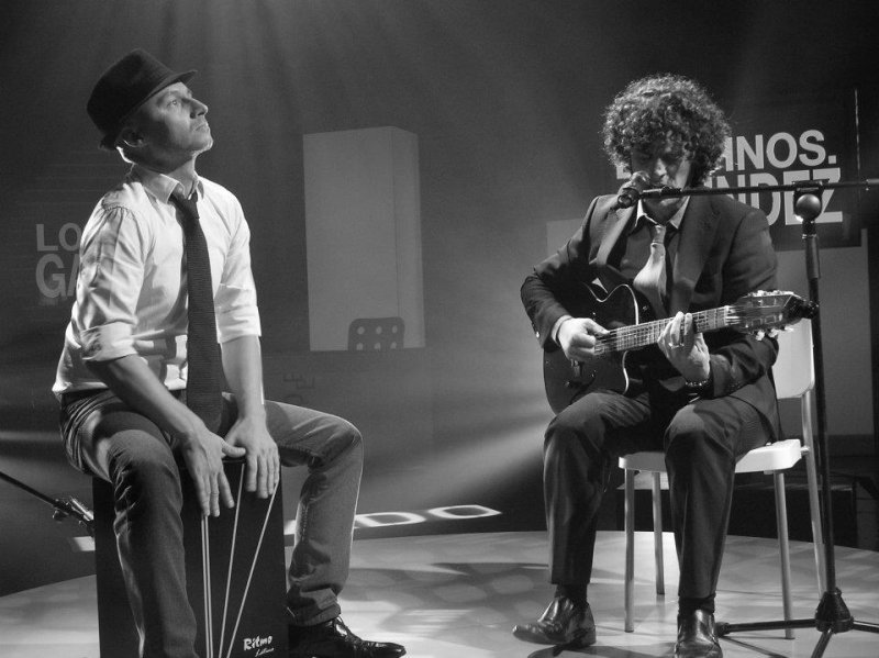 Playing at live in the Spanish TV