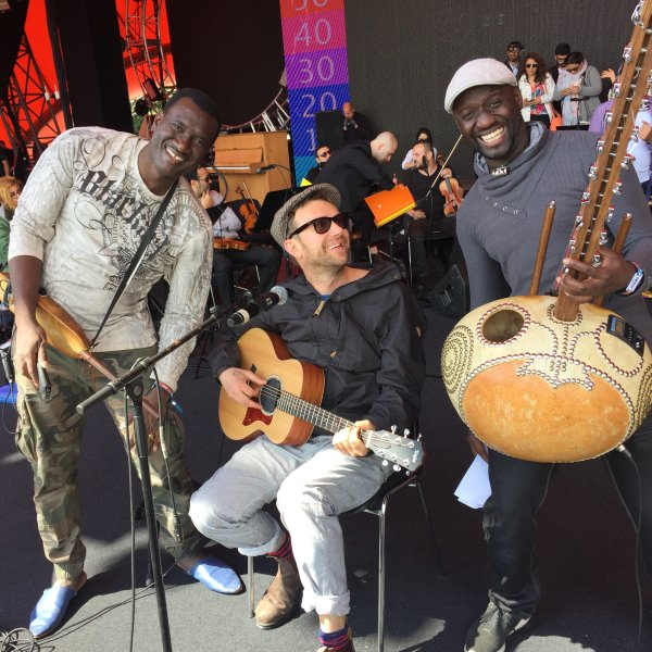 Bassekou Kouyaté, Damon Albarn and Seckou Keita (Africa Express - The Orchestra of Syrian Musicians tour 2015)